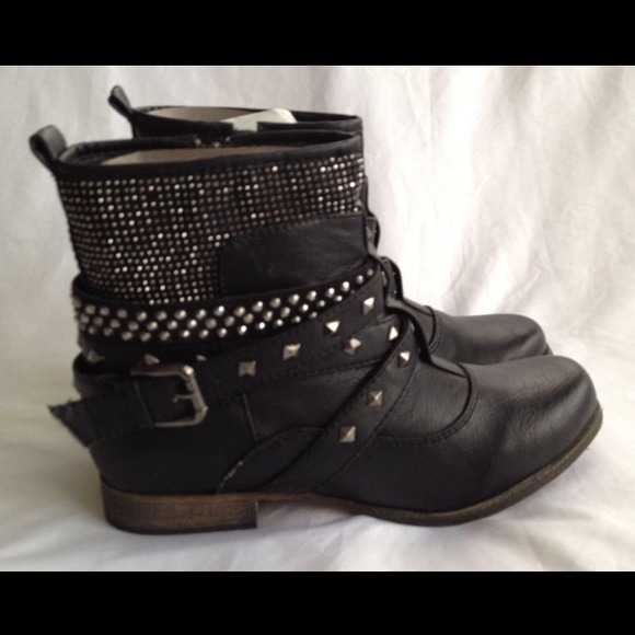 53% off Wanted Boots - Black Studded Wanted Ankle Boots from ...