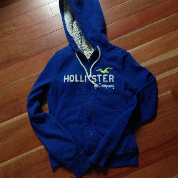 blue hollister hoodie