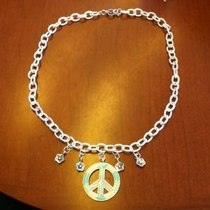 Handmade by Me Jewelry - Peace and Flower Necklace