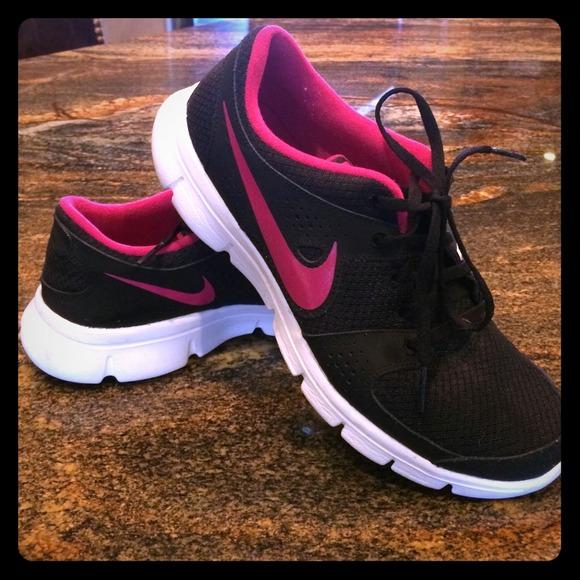 9cae07c8 Nike Shoes | 85 Womens Flex Express Run | Poshmark