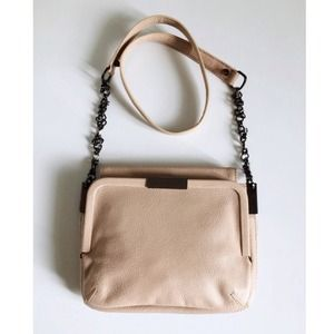 Anthropologie Handbags - Anthropologie Leifsdottir leather crossbody bag