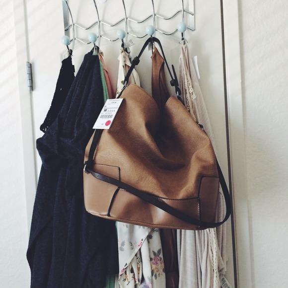 d78ab9e0987 Zara trf slouchy hobo bucket bag