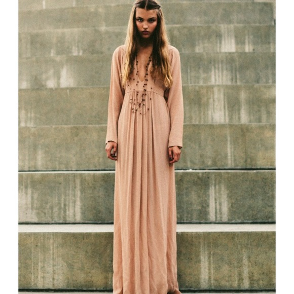 ce3cc146465 🌸REDUCED🌸Blush nude color long sleeve maxi dress