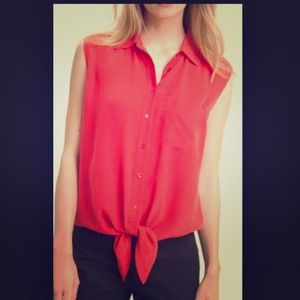 EQUIPMENT femme sleeveless blouse with tie