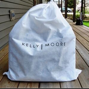 kelly moore Handbags - Kelly moore bag!