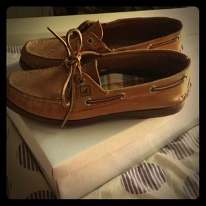 Sperry Top Sider Boat Shoes! ⛵⚓