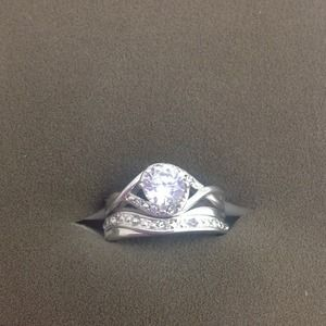 Jewelry - CZ RING SET