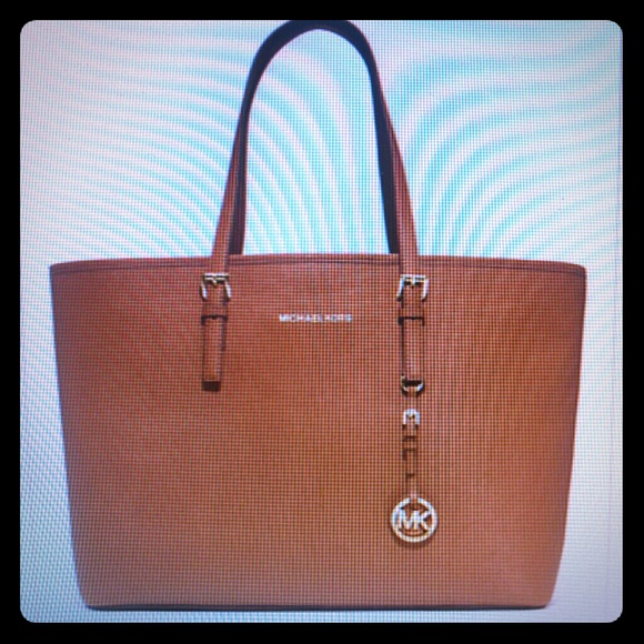 cf8caf9264ed ... new zealand sold michael kors multifunction laptop tote bag 48b79 abac1