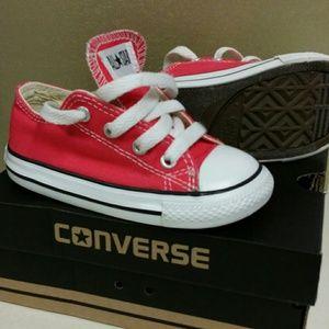 29e6840cc5f1 Converse Shoes - Toddlers Raspberry Converse. Size 7
