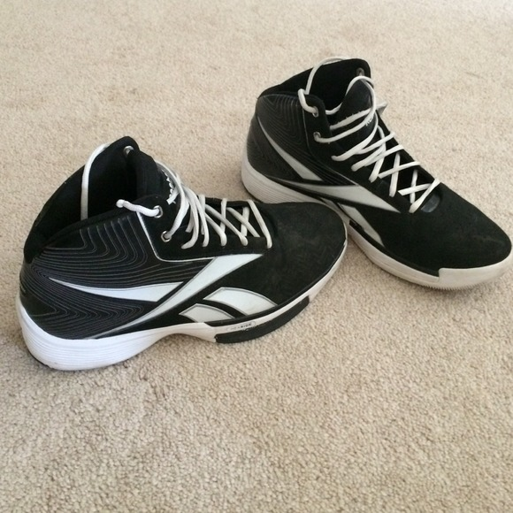 d2e5f12c39b4 Reebok Tempo U-Form Men s Basketball Shoes Size 9.  M 5399ed0a94c7de53d806f6f9