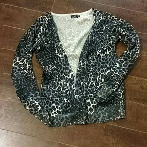 Grey and white cheetah print cardigan