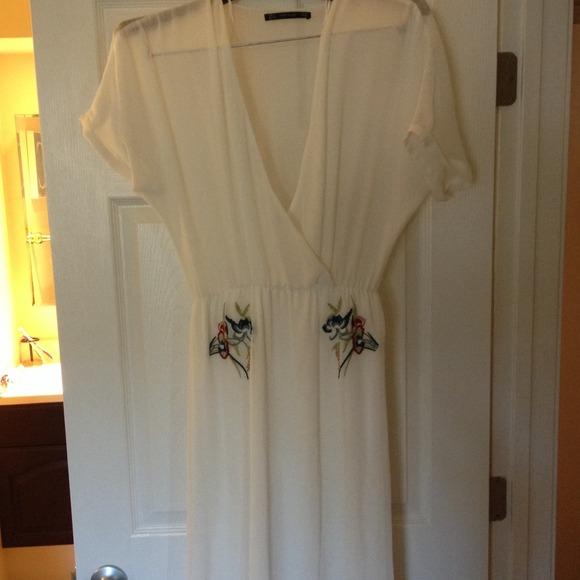 13975085 Zara Dresses | White Flowy Long Dress With Flower Embroidery | Poshmark