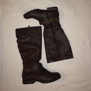 Shoes - NWOT Brown Faux Leather Boots