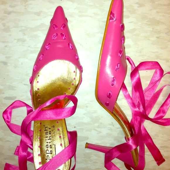 Spanish Leather - Hot Pink Ribbon Tie Heels💥CCO SALE💥 from ...