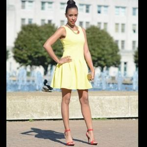 Dresses & Skirts - Yellow Doll Dress HP 06/18 Host Pick🎉