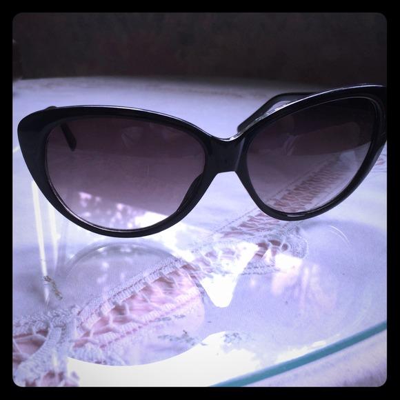Cole Haan Cat Eye Sunglasses Cole Haan Cat Eye Sunglasses