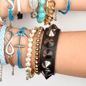 Jewelry - 😍final sale😍Punky bracelet