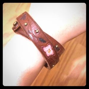 $15 TODAY! Lucky Brand leather bracelet!