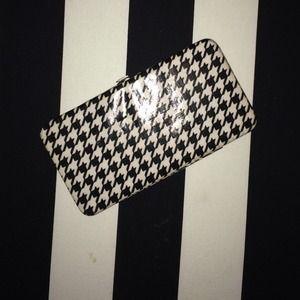 Handbags - Houndstooth Wallet