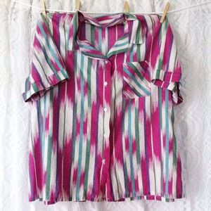 Abstract Button Up