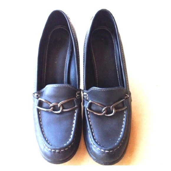Apostrope Flat Blacl Shoes