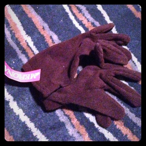 merona Accessories - Simple fleece black gloves