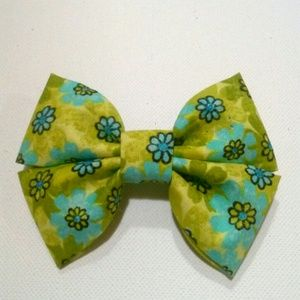 Handmade Green and Blue Daisy Hair Bow