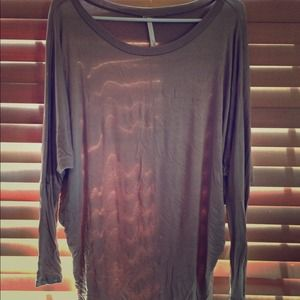 Tops - 🌿Taupe batwing tunic