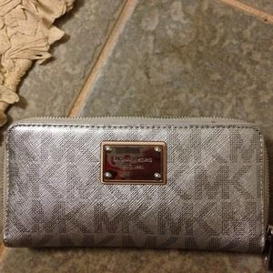 New Michael Kors Silver zip around wallet