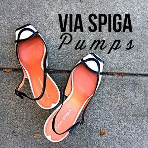 "Designer Via Spiga ""Fayola"" white & black pumps"