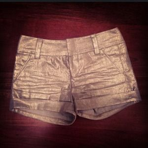 Alice + Olivia structures golden shorts