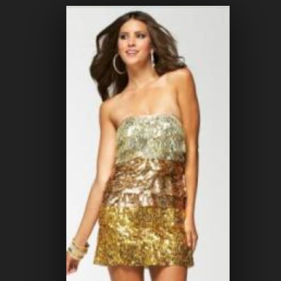 Bebe Strapless Gold Ombre