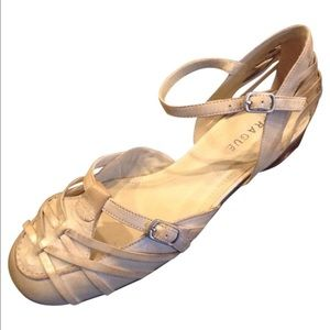 NEW PRAGUE designer leather native tribal sandals