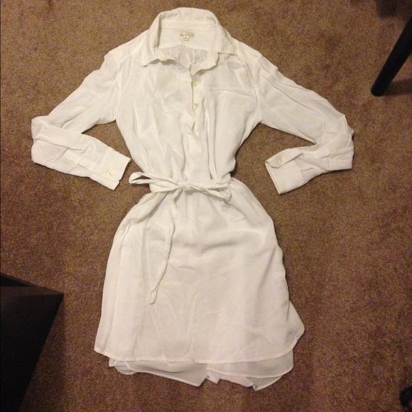 GAP Dresses - White gap shirt dress