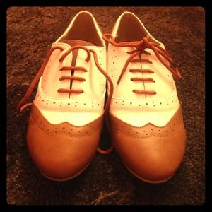 Ollio Oxford style shoes