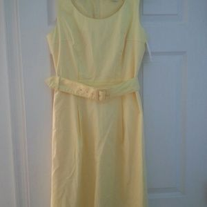 H&M Dresses & Skirts - Butter yellow Sheath