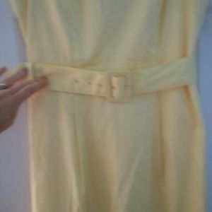 H&M Dresses - Butter yellow Sheath