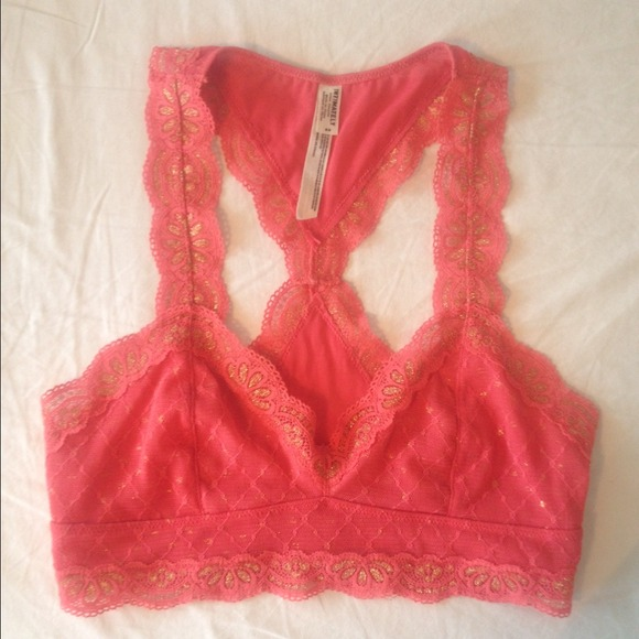 54896e4715215 Free People Tops - Galloon Lace Racerback Bralette