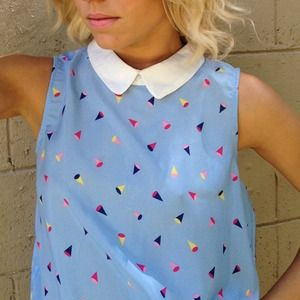 Tops - Abstract Peter Pan collar top