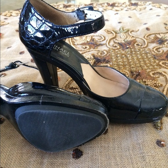 9f3a15da3f91 Buy mk doll shoes   OFF77% Discounted