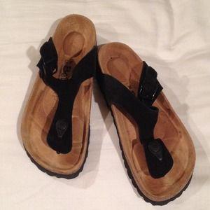 Shoes - Black sandals / flip flops