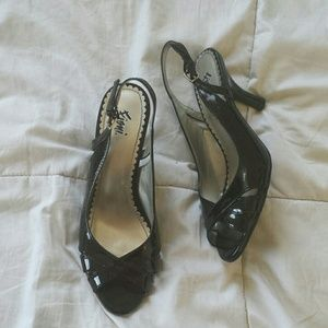fioni Shoes - Black heels
