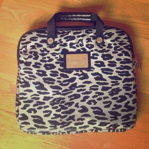 Betsey Johnson Other - Betsey Johnson Briefcase Style Laptop Bag