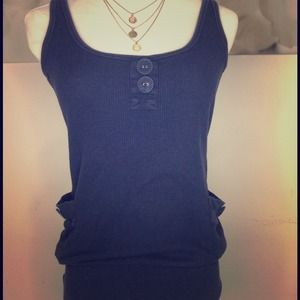 Tops - 🌟Navy blue tank top with pockets 🌟