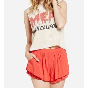 Other - 🎉host pick🎉 High waisted ruffle shorts- red