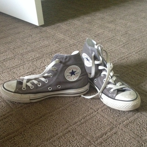 converse grey hi tops