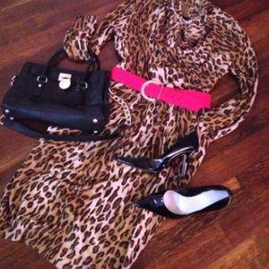 Vintage Dresses - ⭐️Vintage leopard midi dress w/pockets