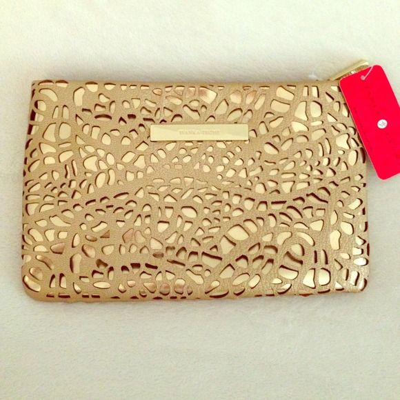 68 Off Ivanka Trump Clutches Amp Wallets Gorgeous Gold