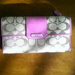 Coach wallet w checkbook