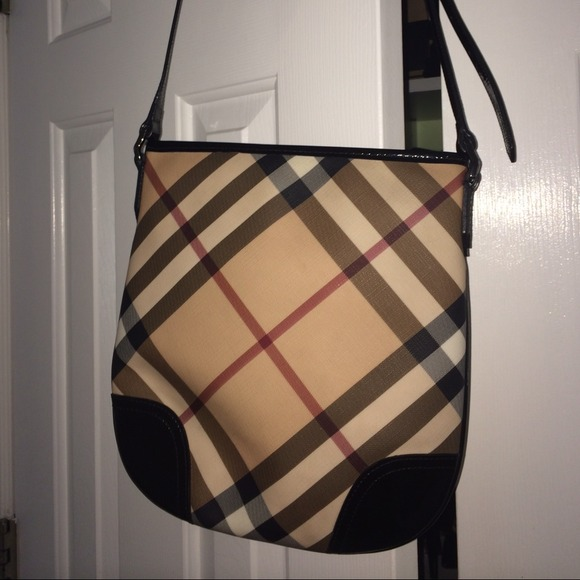 6b88a547db7 Burberry Handbags - NWOT Burberry Nova Check Crossbody Bag